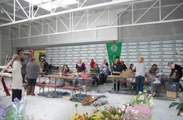 Školení pro firmy i jednotlivce, kteří chtějí rozšířit své znalosti a dovednosti v květinářství průmyslu ...